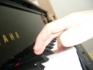 ピアノ手の形