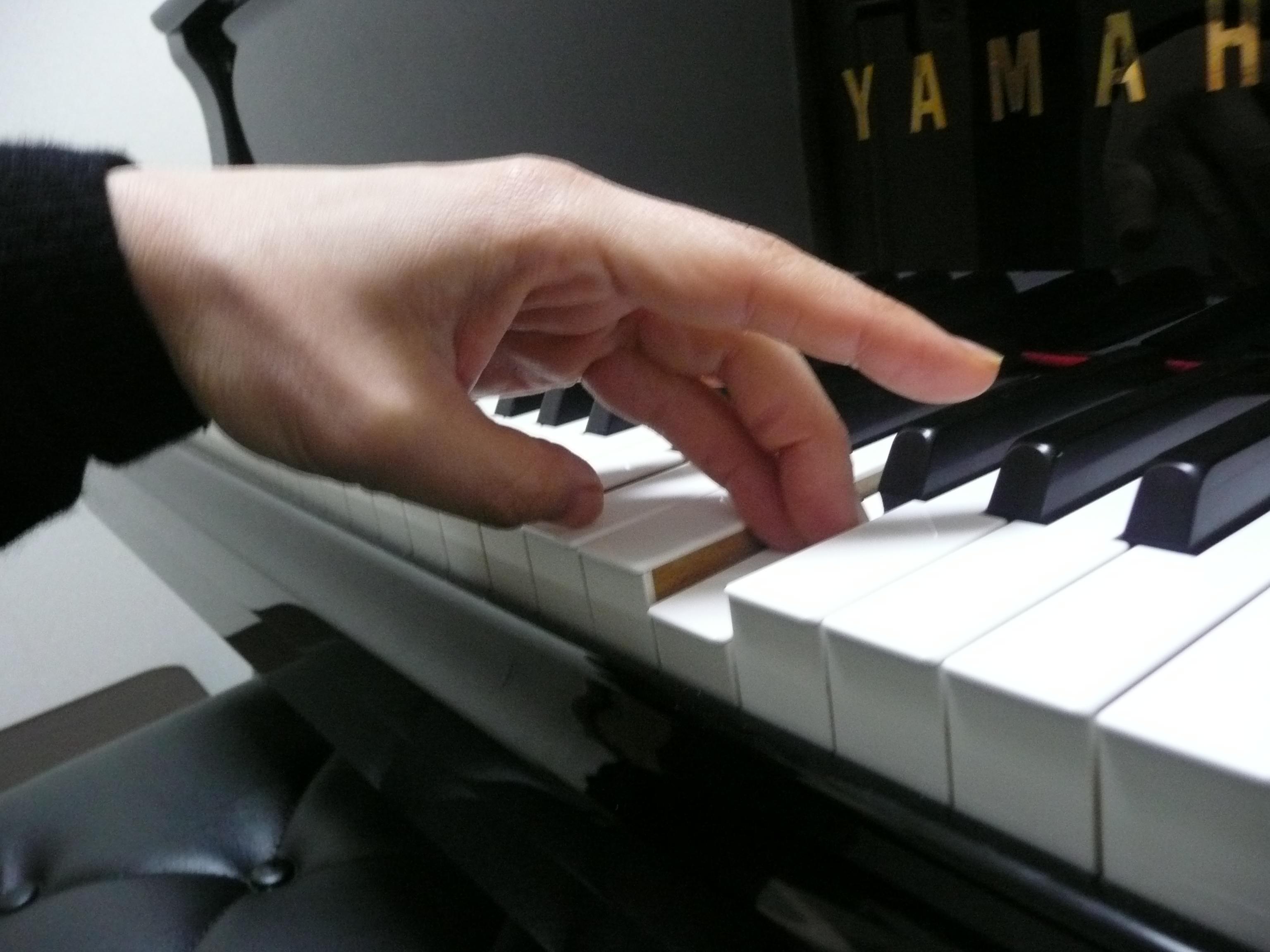 ピアノアルペジオ1